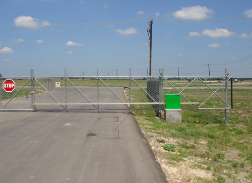 automatic entrance gate security fence 2