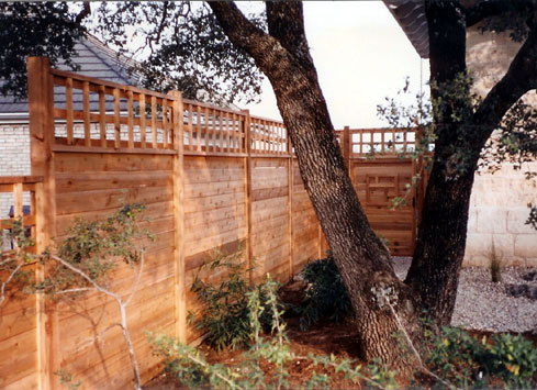 horizontal fence with lattice on top