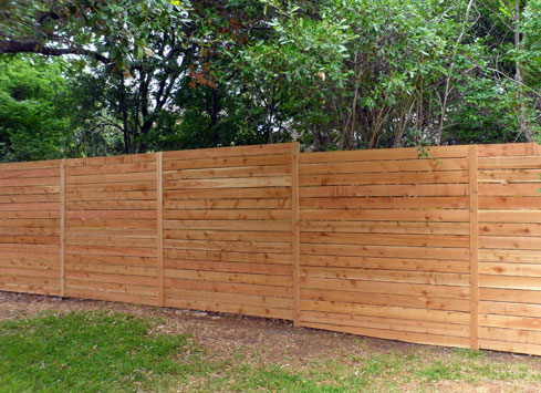 simple horizontal style backyard fence