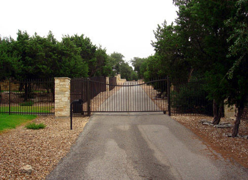 sliding automatic gate for property entrance