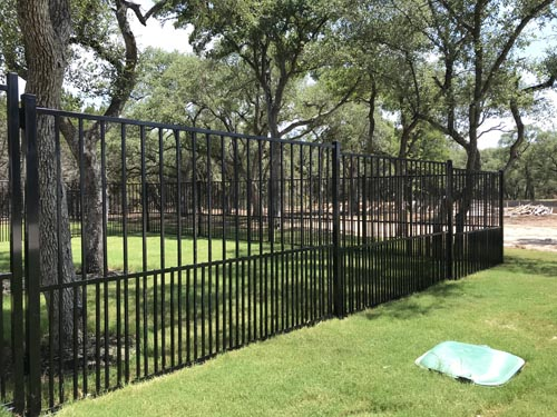 5_-Welded-2-rail-pool-style-ornamental-iron-Stepped-panel-with-2_-puppy-picket-inserts